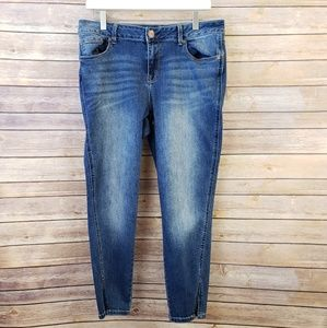 Maurices   Skinny Crop Jeans Size 11/12